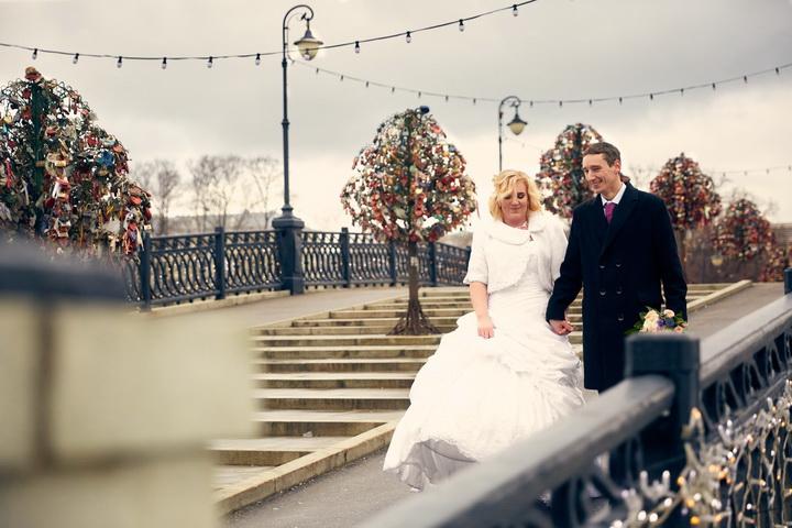 фотограф на свадьбу на лужковском мосту